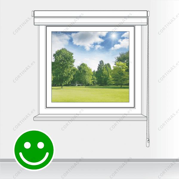 Correcto: cortina recogida  y sin elementos decorativos